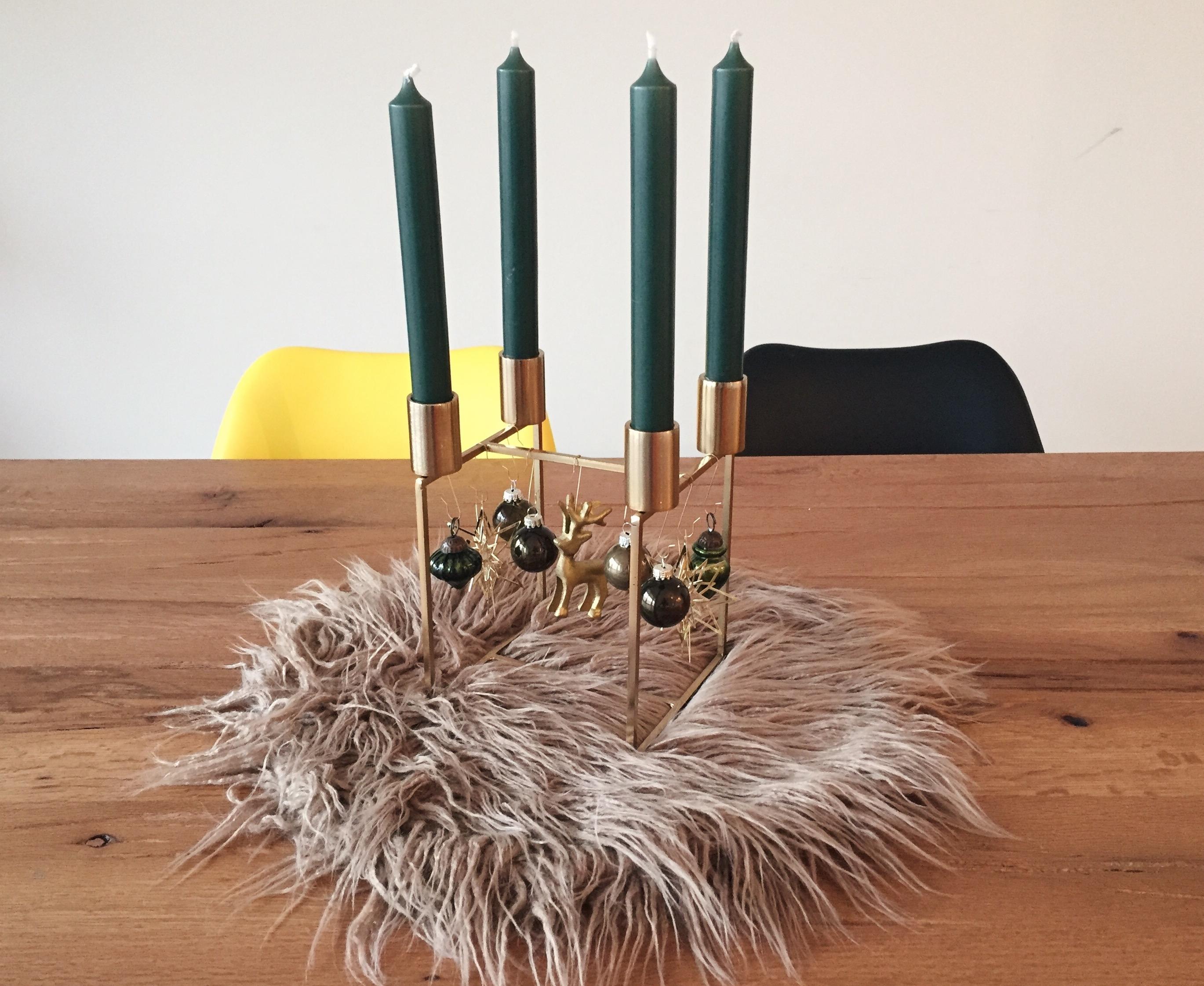 moderner adventskranz f r eine trendige weihnachtsdeko. Black Bedroom Furniture Sets. Home Design Ideas